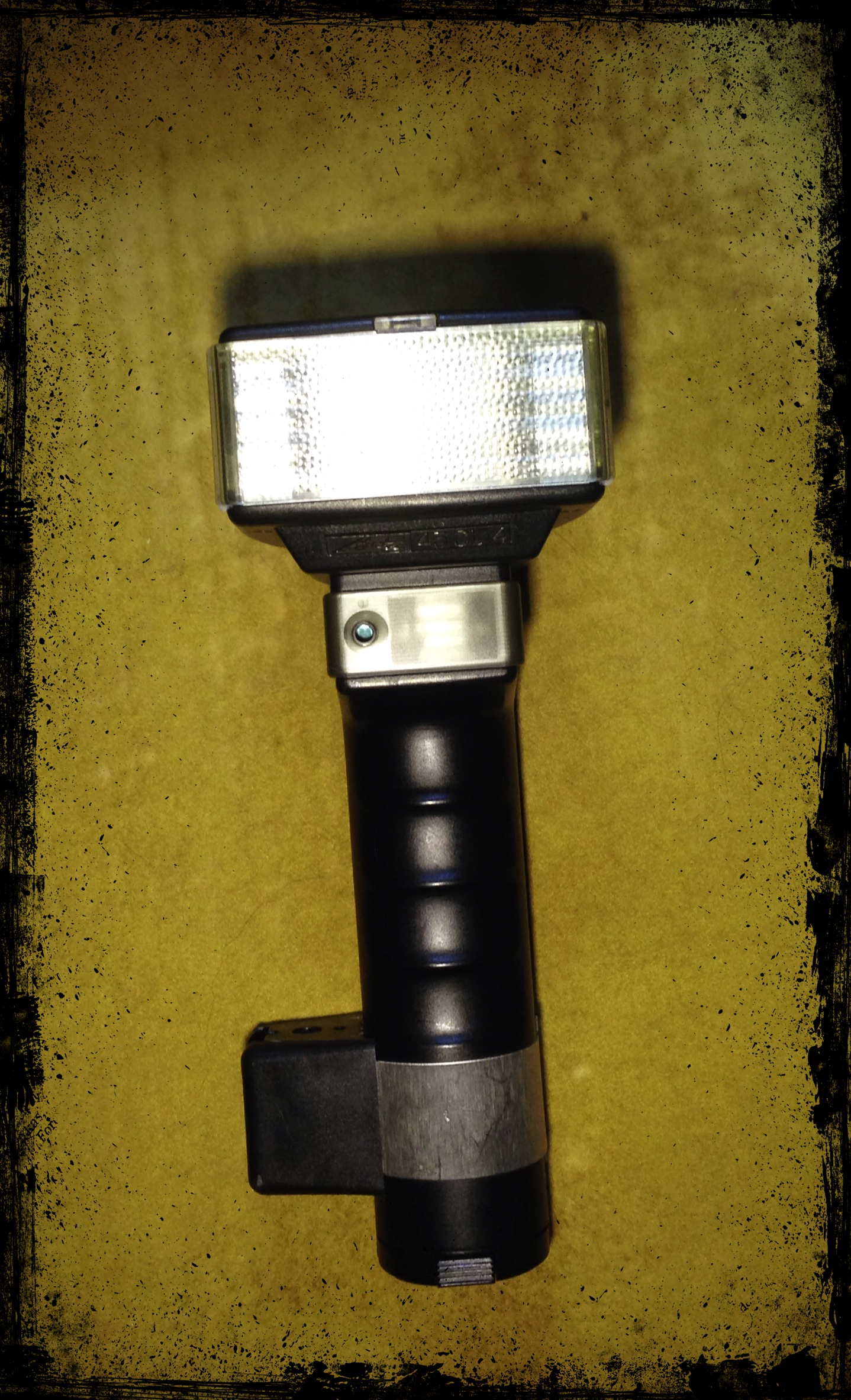 Black PocketWizard 804-414 ME1-6P Electronic Flash Cable